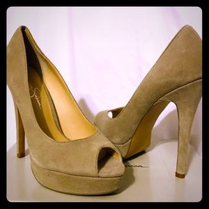 Jessica Simpson JP-Steve Dove Gray Pumps
